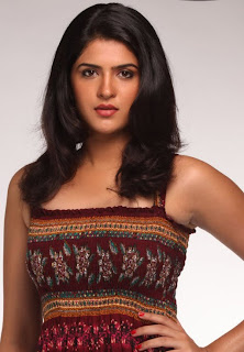Deeksha seth Hot Stills | www.cinefresh.in