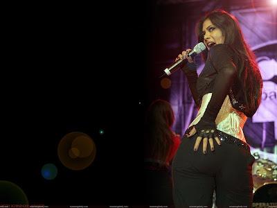 nicole_scherzinger_hot_showing_her_back_sweetangelonly.com