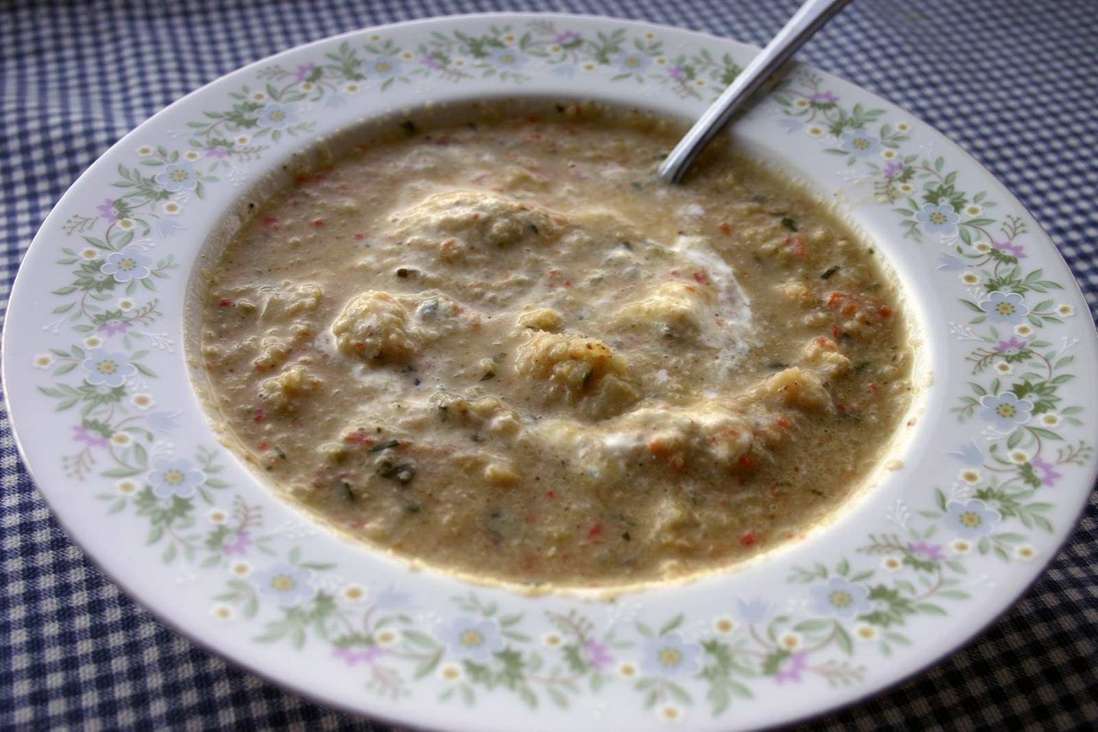 Marvelously Mundane: Spicy Cauliflower Poblano Soup