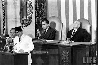 Ir.Sukarno dan Politik luar negeri 3
