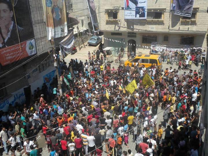 بالصور: وصول الفنان محمد عساف محبوب العرب إلى قطاع غزة