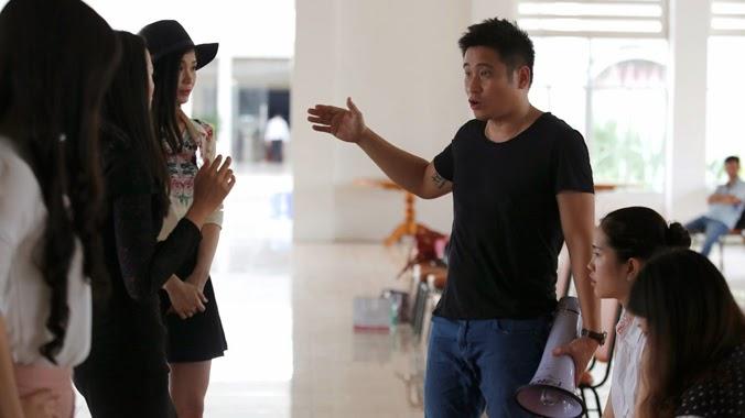 Giúp thí sinh Hoa hậu Việt Nam 2014 tỏa sáng