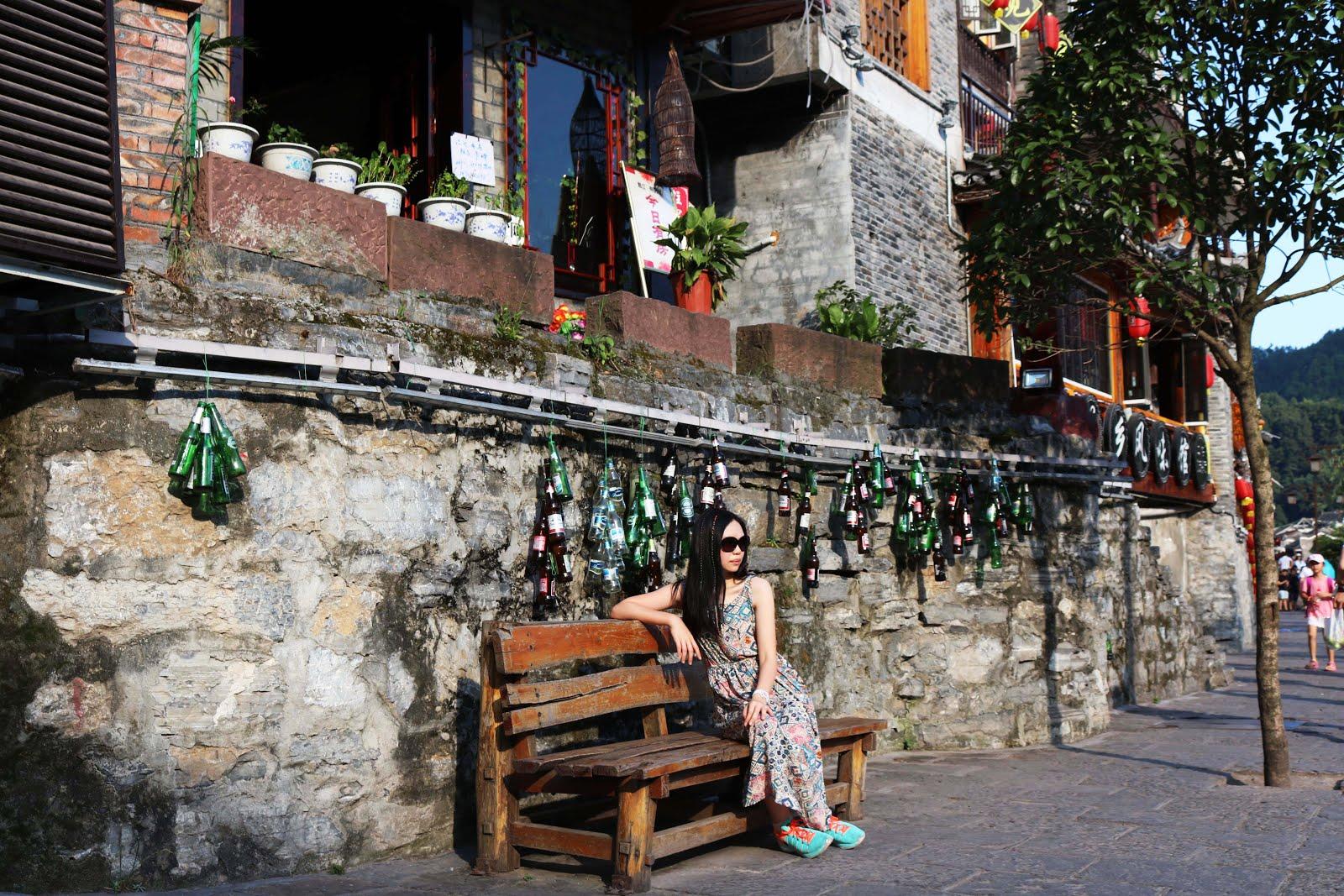 6 Months in China �� 这张照片是在中国湖南省凤凰古城旅行时拍的 .