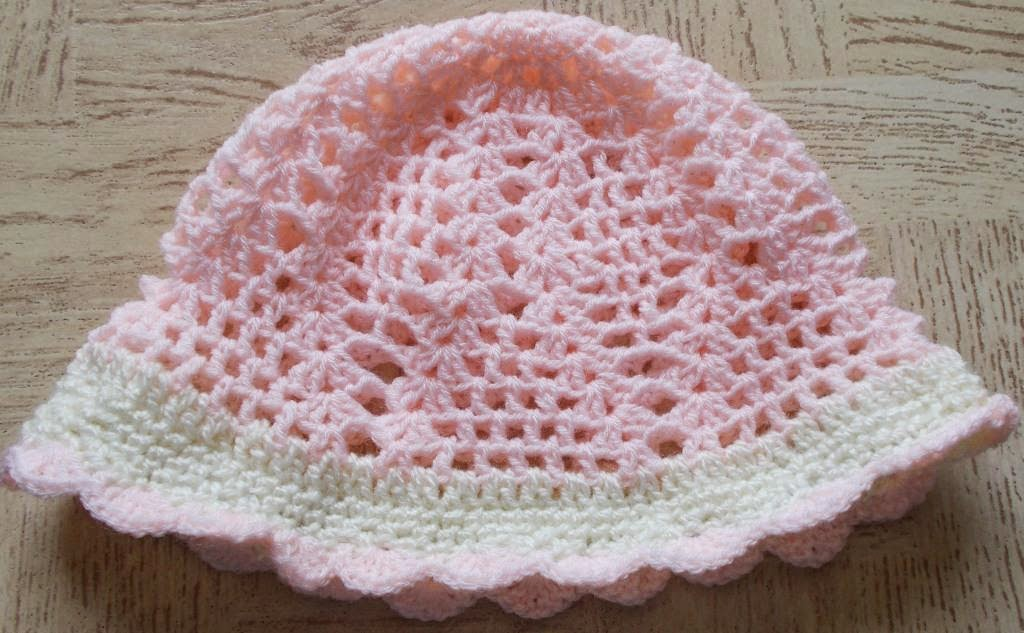Crochet Hat Patterns Using Magic Circle : Sweet Nothings Crochet: THE CUTE HAT N BAG FOR THE ...