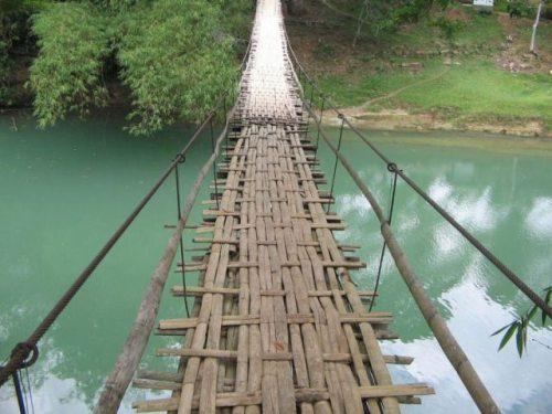 يعطوك تعبر الجسور ؟؟!!