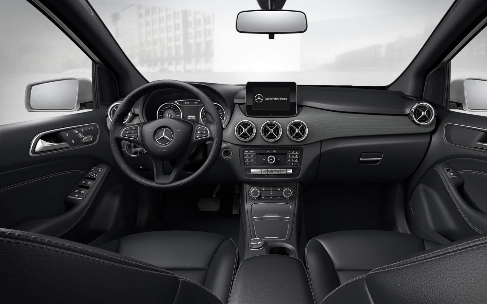 Mercedes-Benz B200 2015