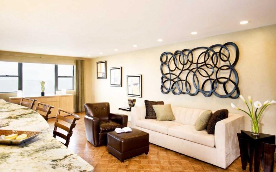 inviting metal wall art in living room