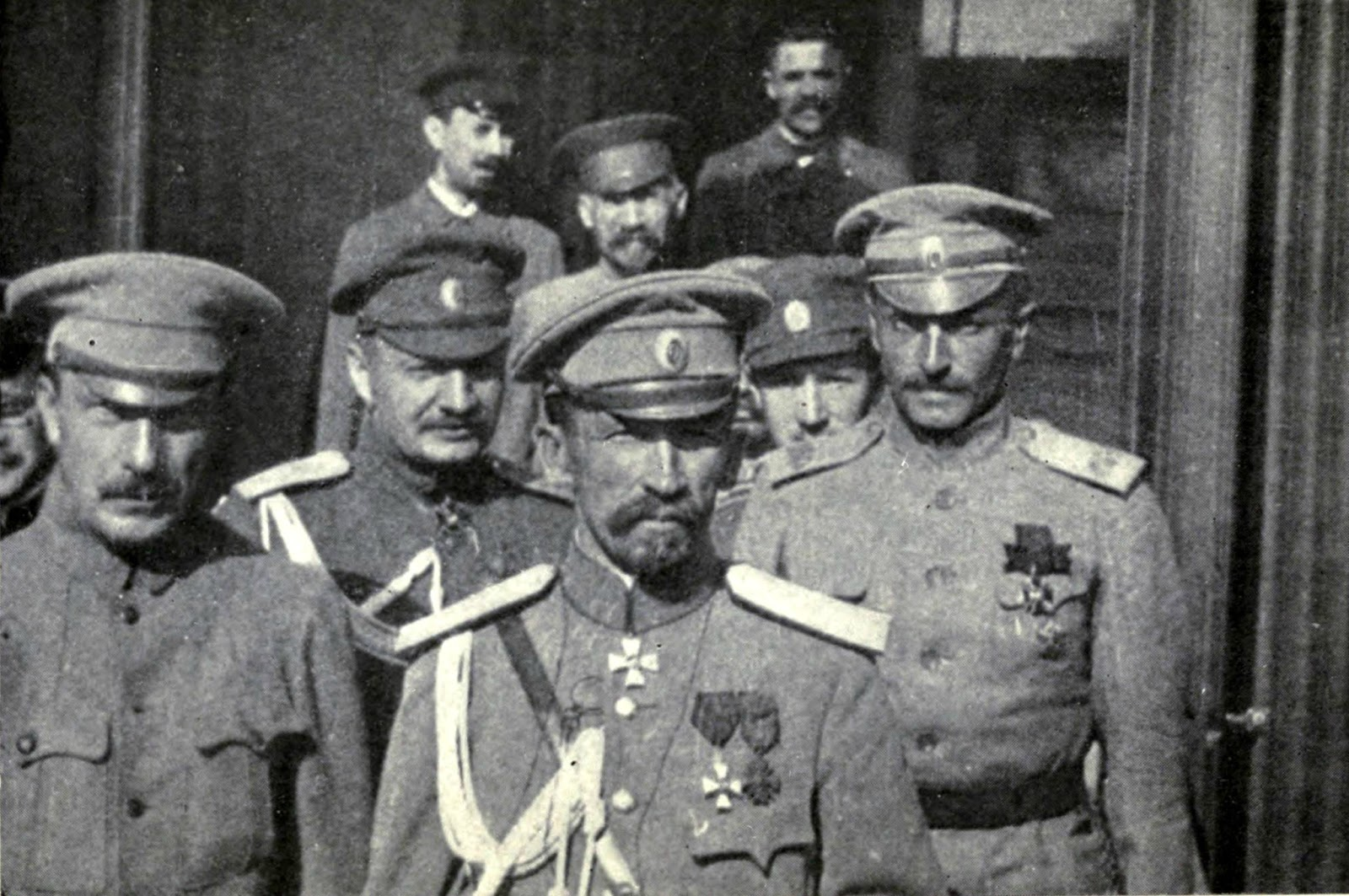 Картинки по запросу Стальная дивизия генерала Корнилова