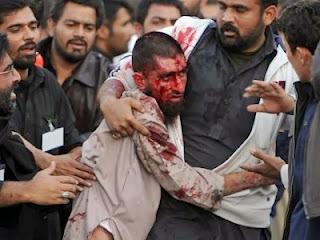 Peringatan asyura di Pakistan (foto Shoutulislam)