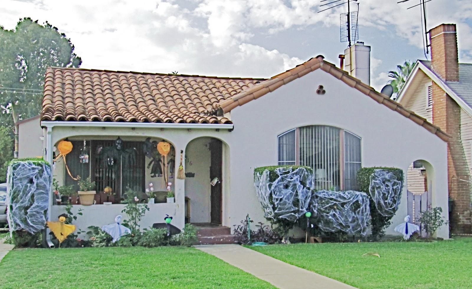 contoh rumah model spanyol