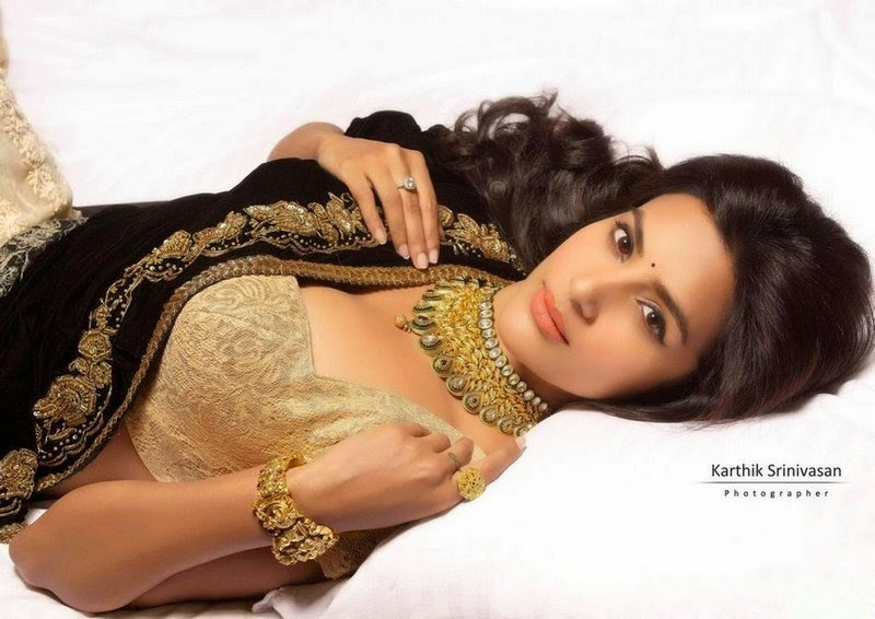 Priya Anand HD Wallpapers Free Download