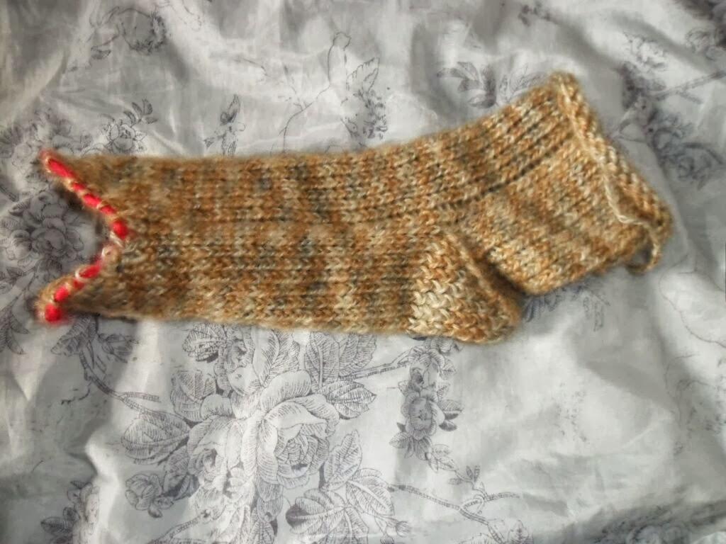 le tricotin g ant belge comment faire la pointe avec le tricotin chaussettes pro prym. Black Bedroom Furniture Sets. Home Design Ideas