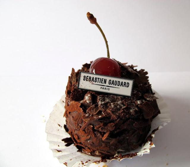 Les pâtisseries de Sébastien Gaudard - forêt noire