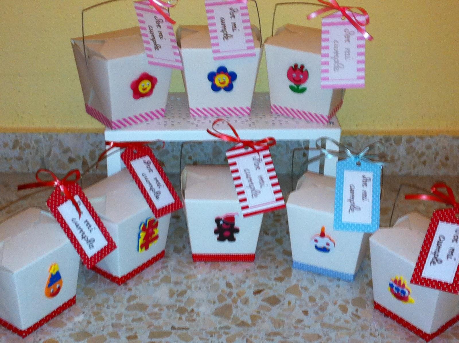 Cajas con asas para un cumple sweet piruletas - Cajas para decorar ...
