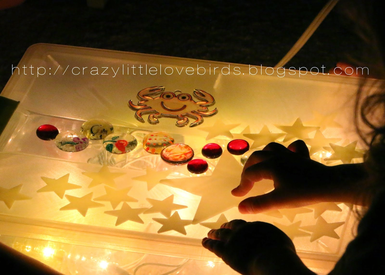 http://crazylittlelovebirds.blogspot.com/2014/06/light-up-room.html