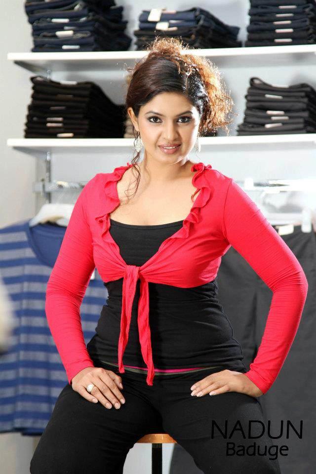 Ruwangi Rathnayaka - Sri Lankan Actress And Models