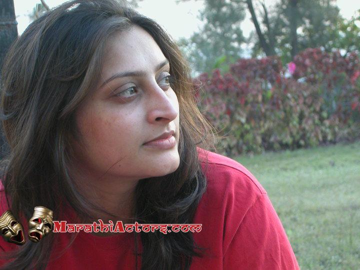 Smita Saravade photos ~ Marathi Show