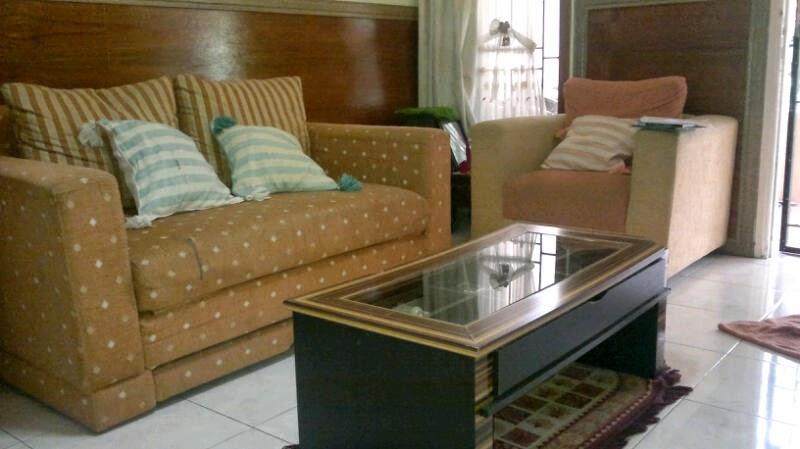 Bentuk-bentuk sofa ruang tamu 7
