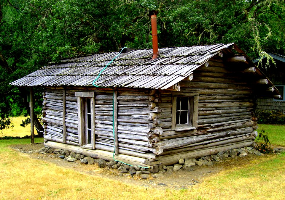 Tiny log cabin cordwood log cabin from cordwoodconstruction wordpress