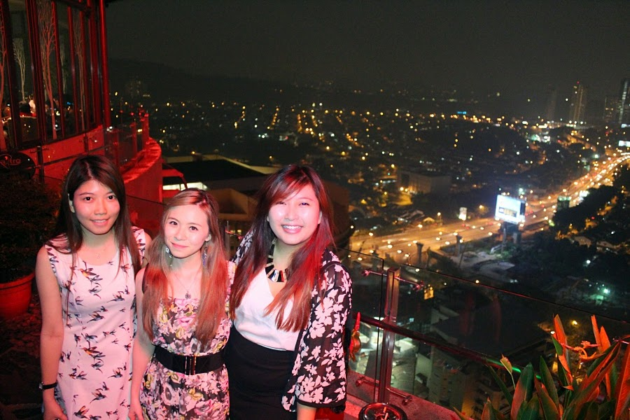 Girls at The Roof