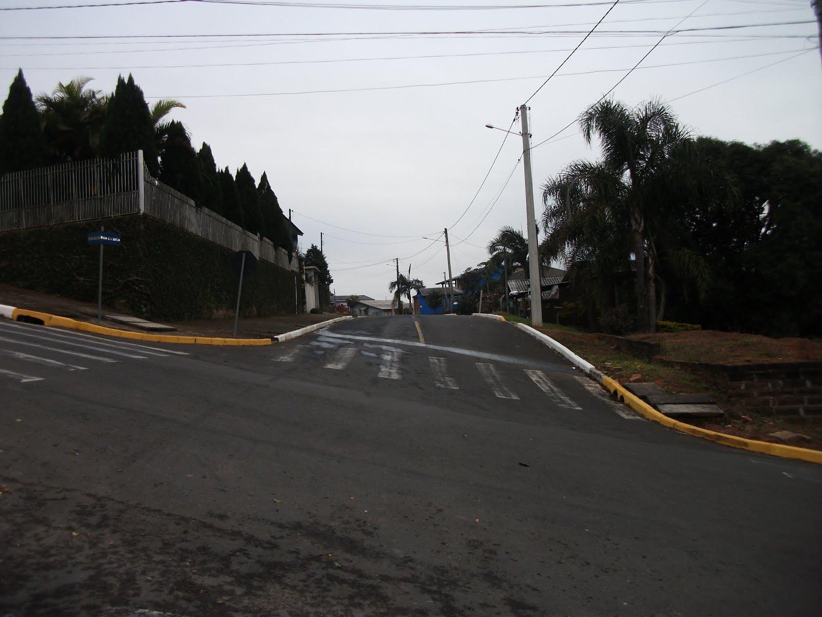 JAIR WINGERT PEDE QUEBRA-MOLAS NO RECANTO DA PAZ