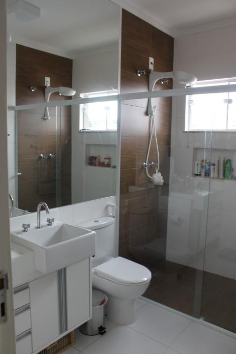 Construindo nossa casinha em Gogo City Inspirações para o BANHEIRO -> Banheiro Com Piso Que Imita Pastilha