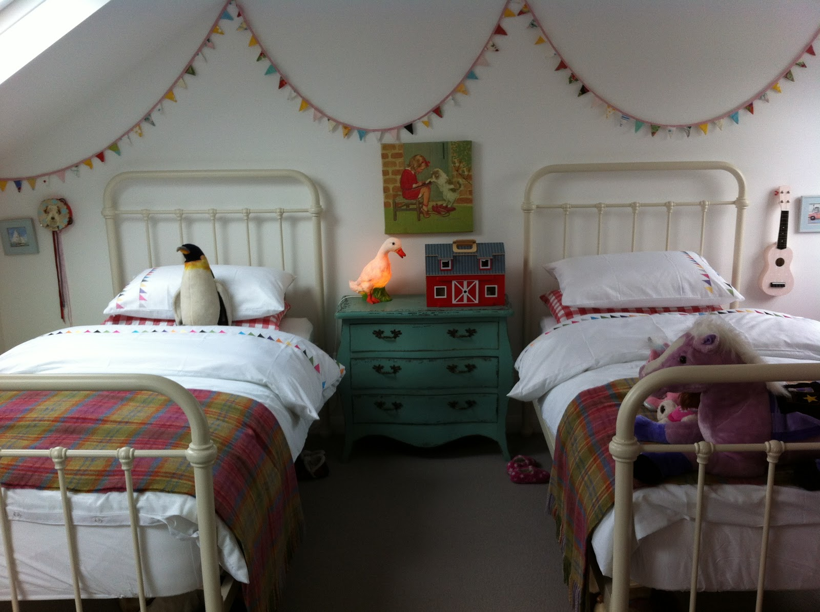 The boo and the boy vintage inspired shared girls 39 room for Bedroom ideas for 3 beds