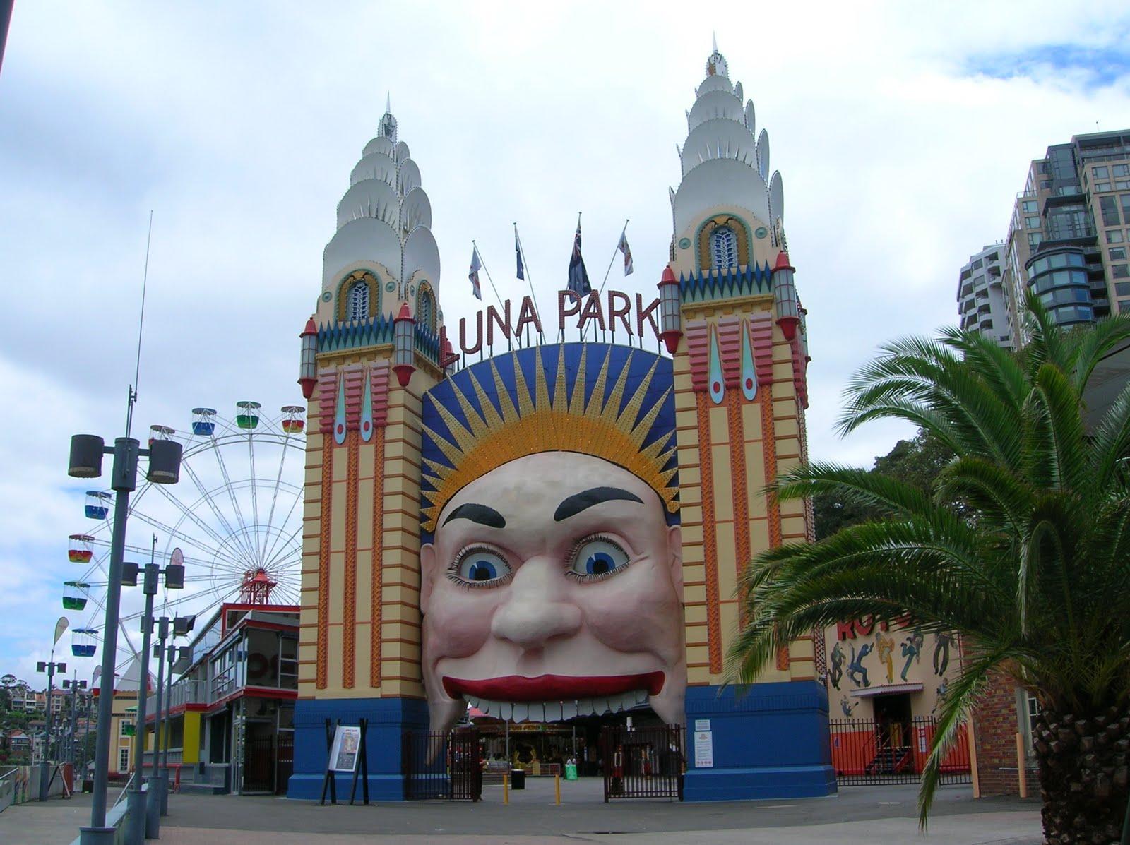Best tourist spots october 2011 for Puerta 7 luna park