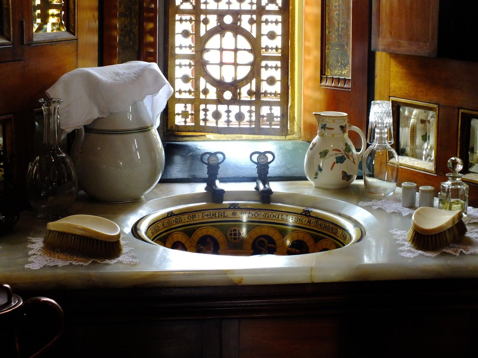 królewska umywalka