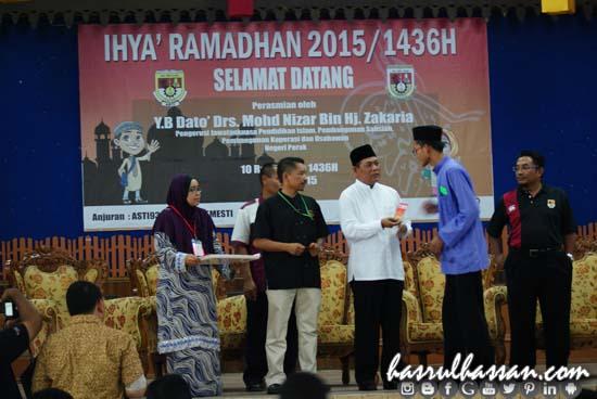 Penyerahan Duit Raya - Program Ihya Ramadhan SEMESTI 1436H/2015 Anjuran ASTI93