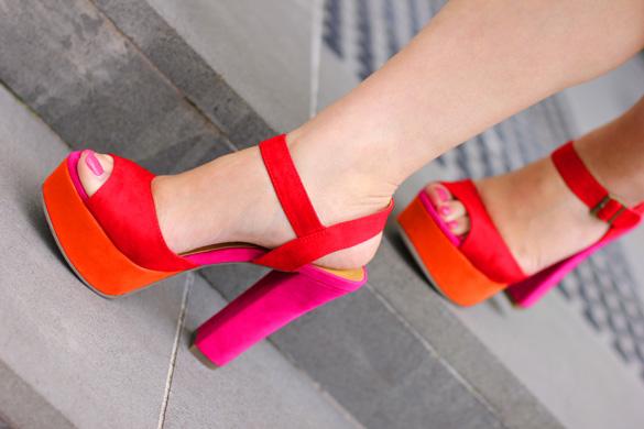 Madden Girl Naughtyy Platform Sandal