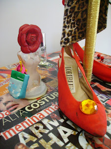 ♥ Objectified Venus red shoes...