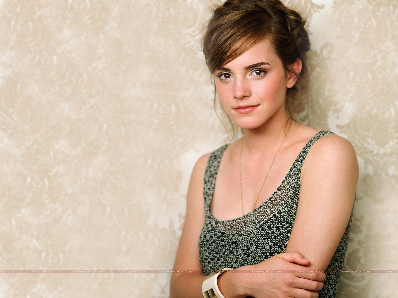 http://3.bp.blogspot.com/-swCBHZ64kMs/Tt2zzzAeLFI/AAAAAAAABEs/Q0pBYaxaI6U/s1600/Emma+Watson+Beautiful+wallpaper+2.jpg