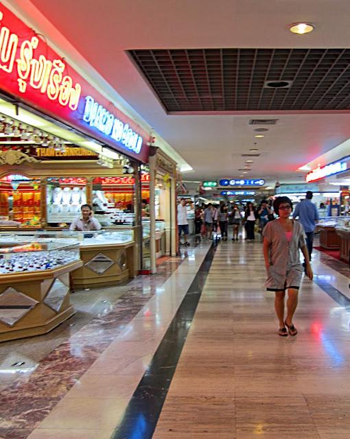 mbk market in bangkok, thailand