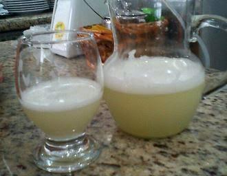 Benefícios do chá verde com gengibre e limão