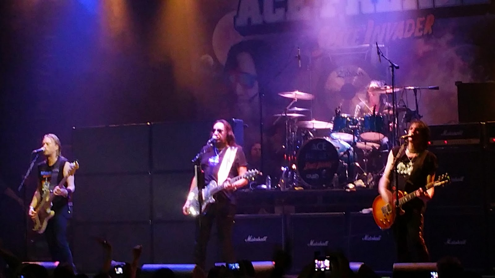 Ace frehley invades anaheim an ace frehley show review decibel geek as i watched ace i really felt as though he was playing with a chip on his shoulder like he had something to prove there was a fire i hadnt see maybe kristyandbryce Gallery