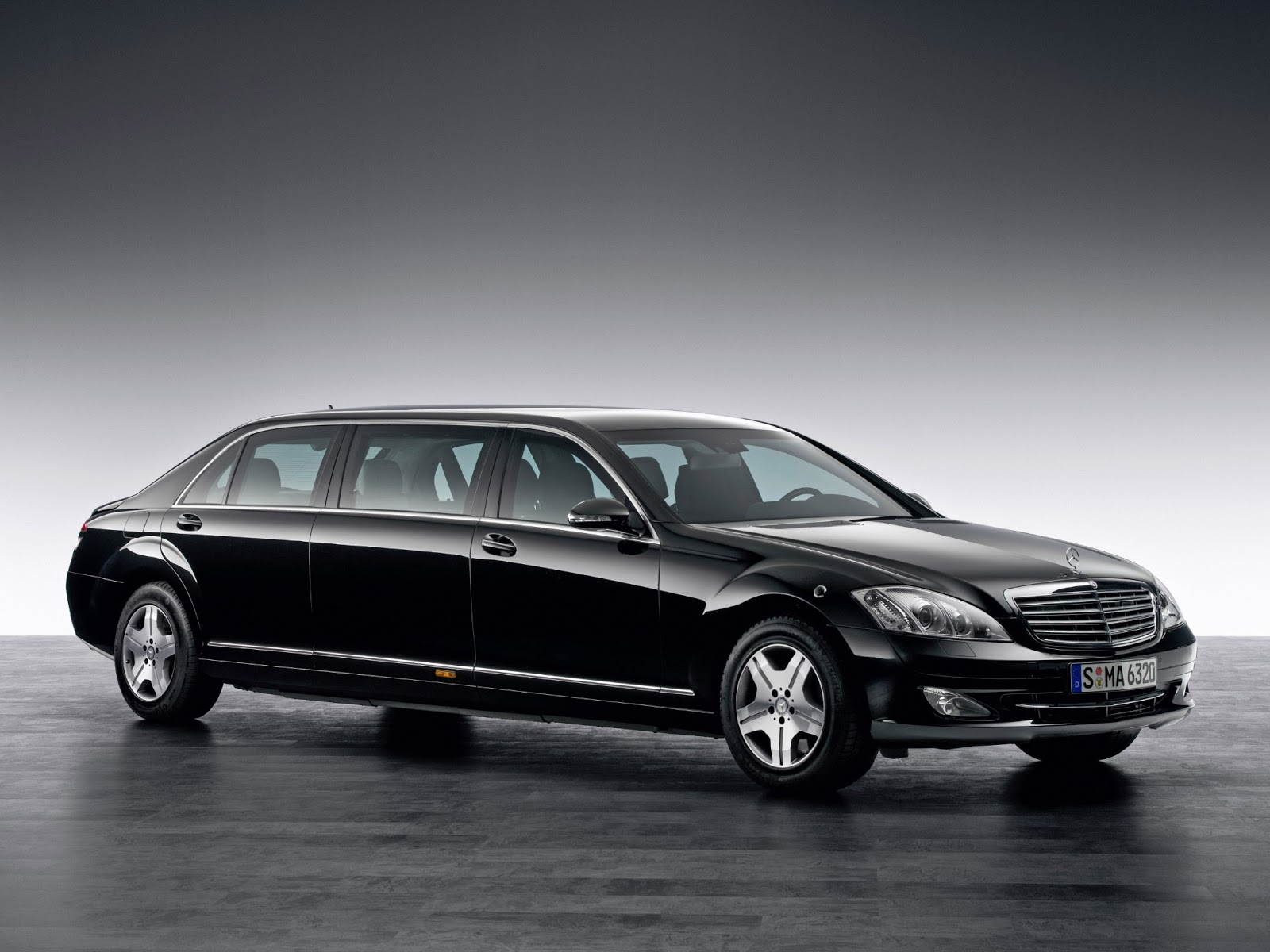 Cars GTO Mercedes Benz S 600 Pullman Guard Interior
