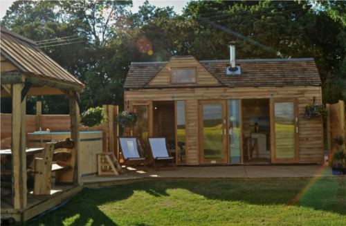 00-Tinywood-Homes-Tiny Wooden-Homes-with-a-Hot-Tub-www-designstack-co