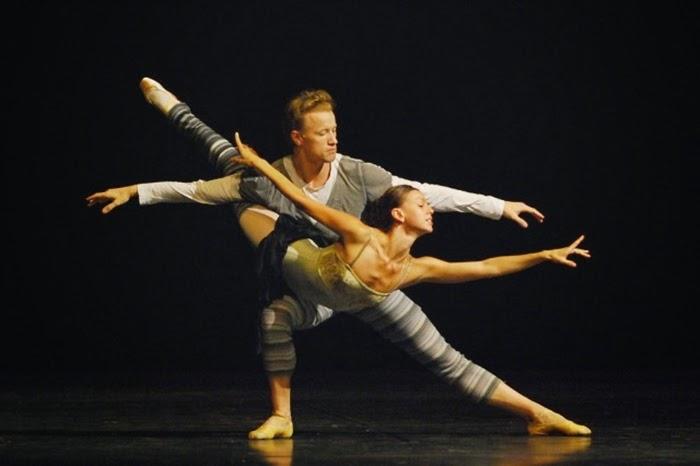 Anastasia Matviyenko. Bailarina
