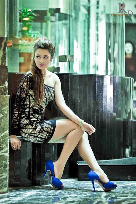 gorgeous beauty | yuvika chaudhary | unseen pics