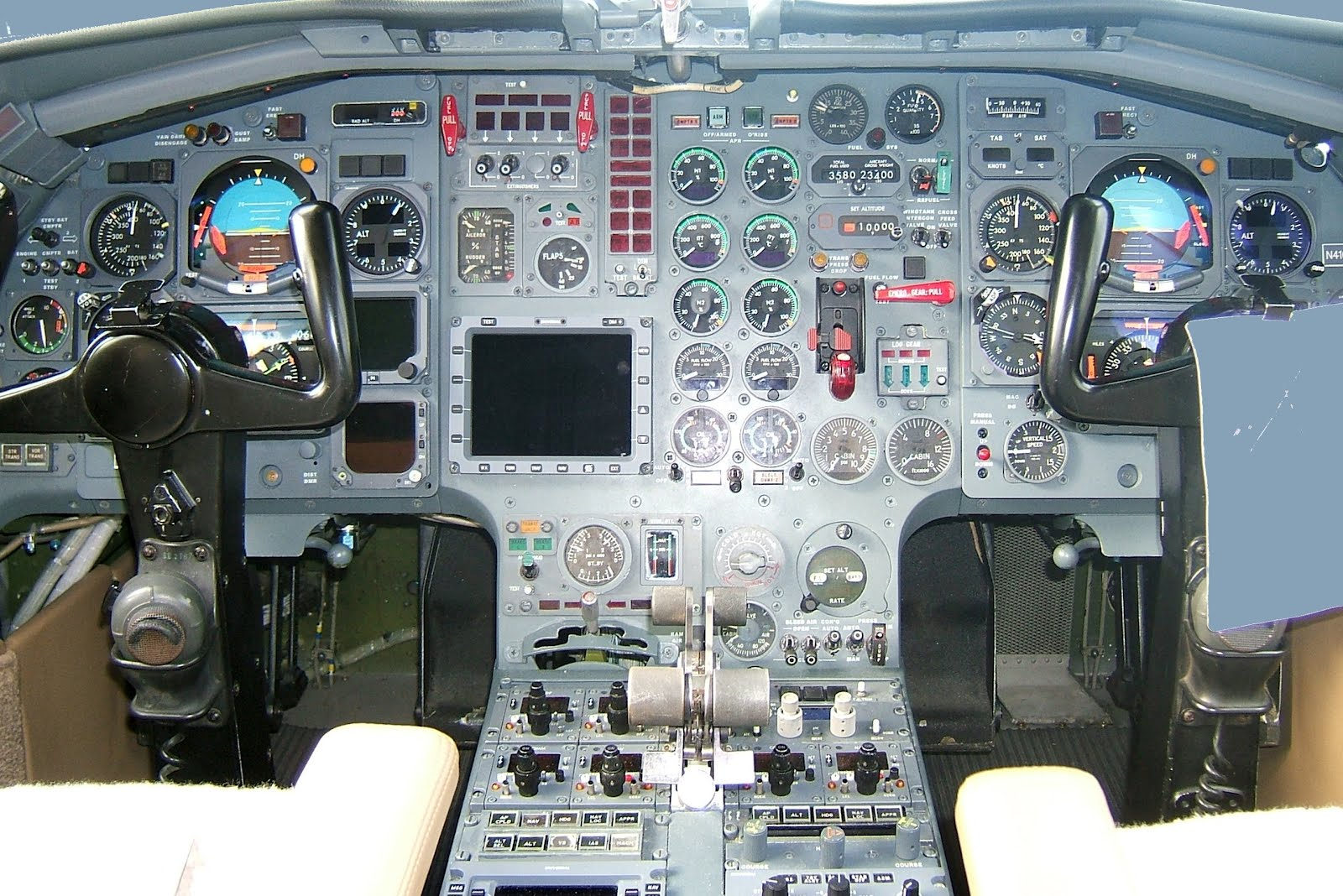 Cockpit Instrument Panel : Instrument panel from the cockpit