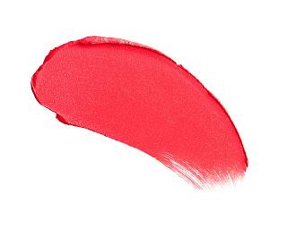 charlotte tilbury miss 1975 red lipstick
