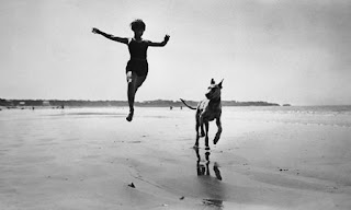 Lartique photo, woman and dog, legacy photography