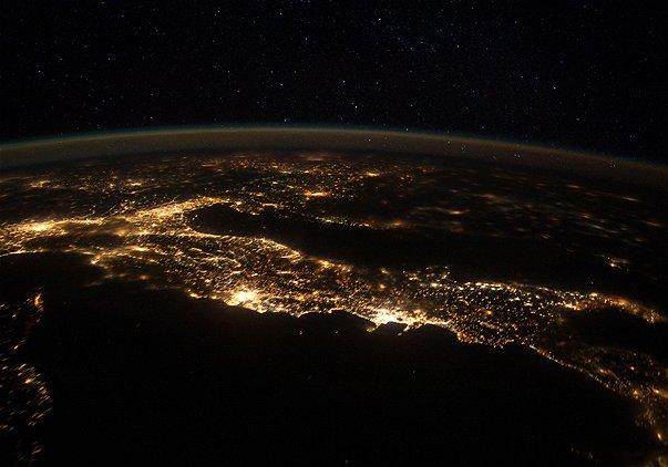 http://3.bp.blogspot.com/-sxKcSpJsTys/T1BsGmnKjmI/AAAAAAAAfOY/YboT8dDaFgo/s1600/italia2.jpg