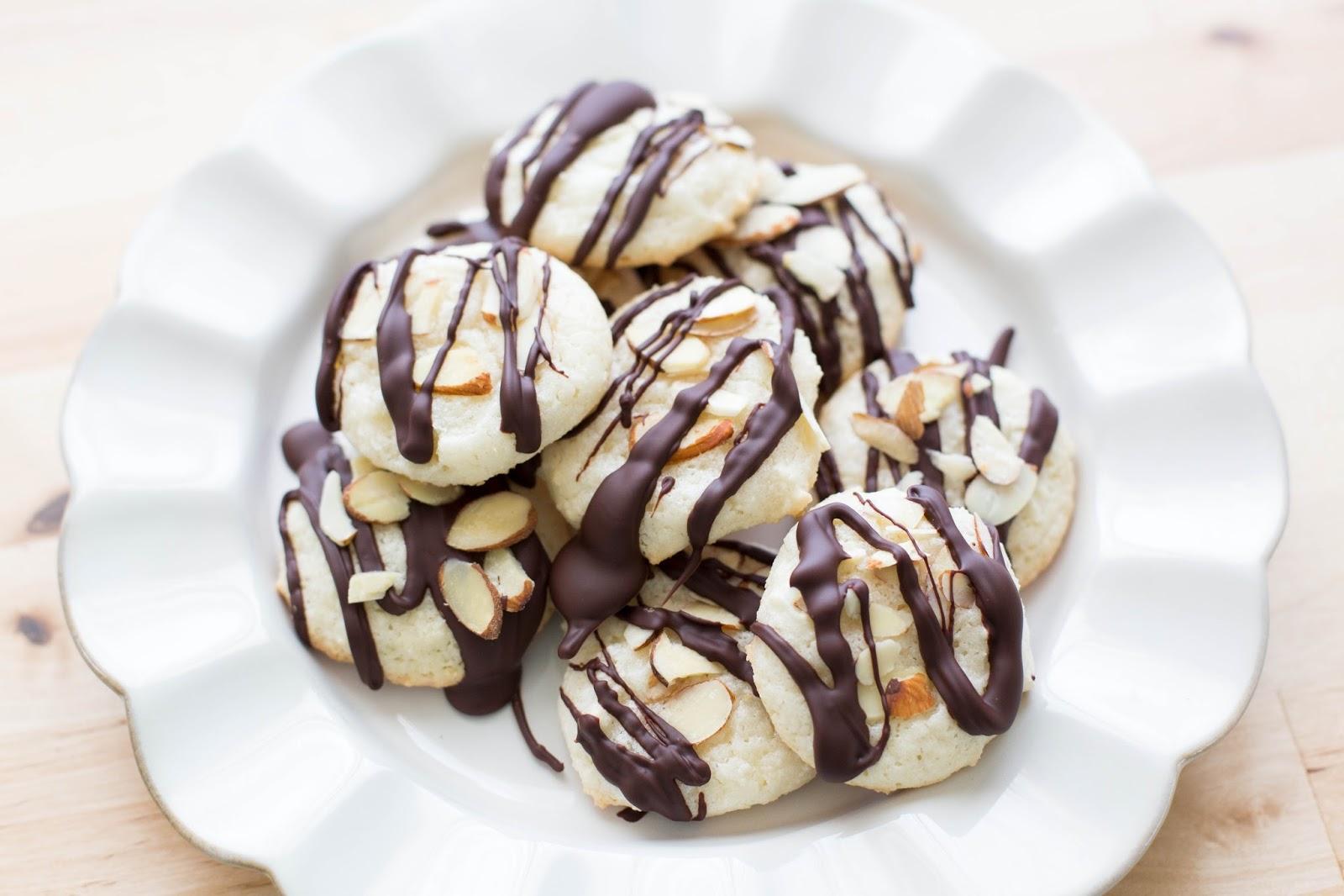 In The Kitchen: Italian Almond Cookies {naturally gluten free