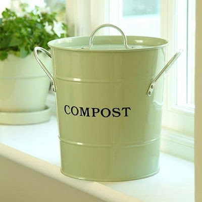 small kitchen compost bin