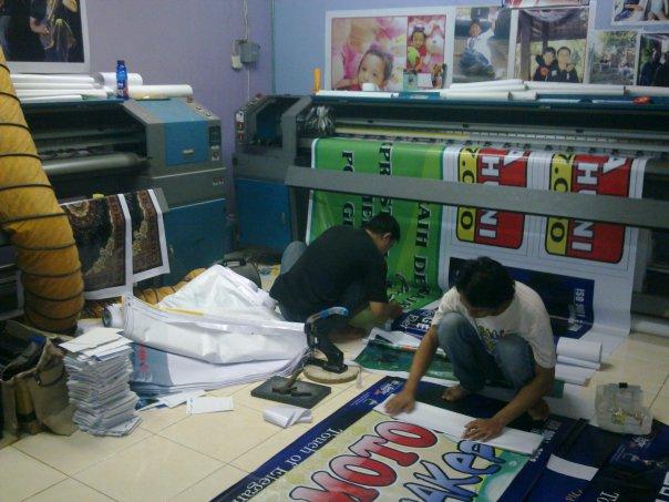 http://3.bp.blogspot.com/-sxZhX5eFMxk/T224F29NTDI/AAAAAAAAAGc/9qFyFdMSQOE/s1600/digital-printing-0.jpg