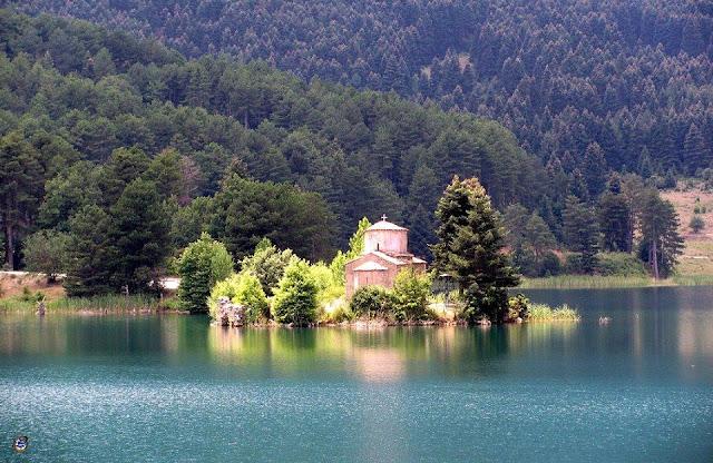 Ο άγιος φανούριος στη λίμνη δόξα