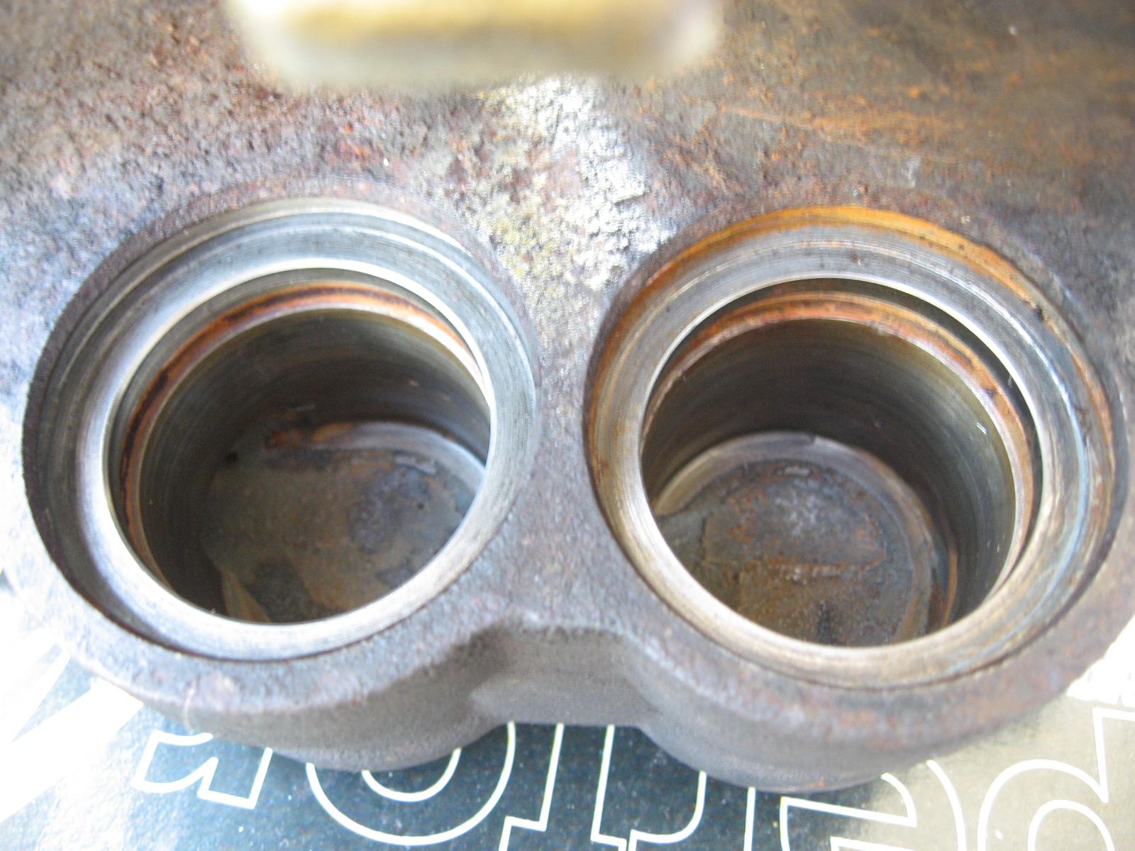 Me kimi spot twin pot brake caliper serviced with