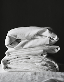 Buy you linen sheets and upholstered bedhead online or in our Waterloo showroom to view our entire range of Bedheads